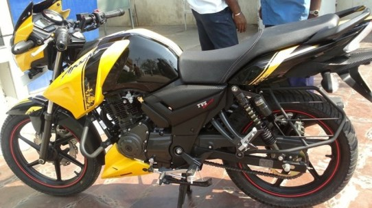 new tvs apache rtr 2012 india 01