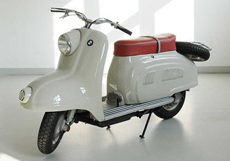 The R10  BMW scooter prototype