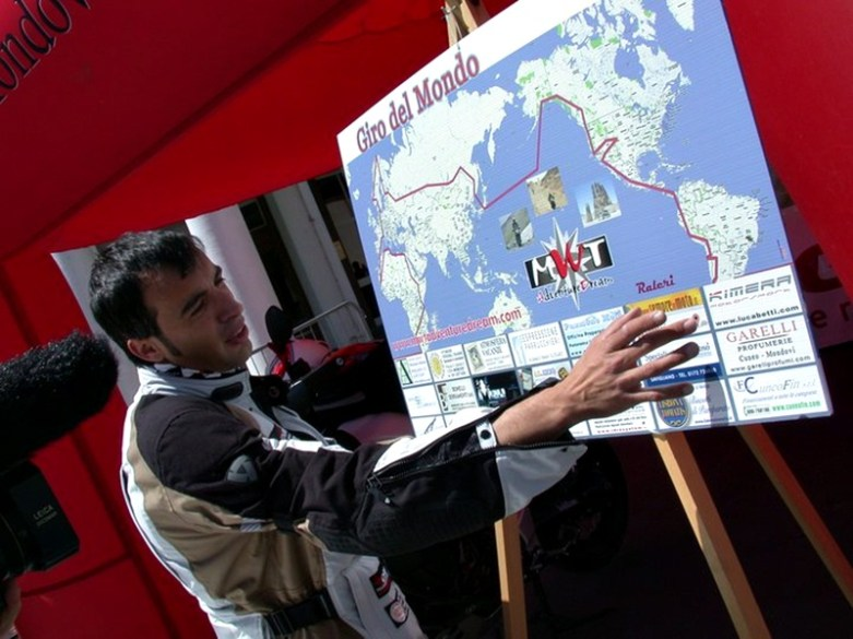 davide biga around the world 24
