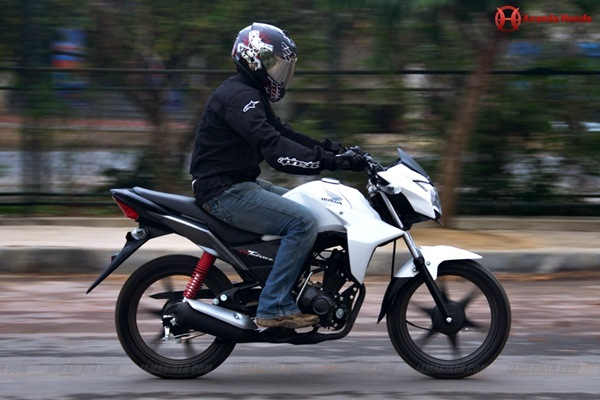 honda cb twister review - engine and performance