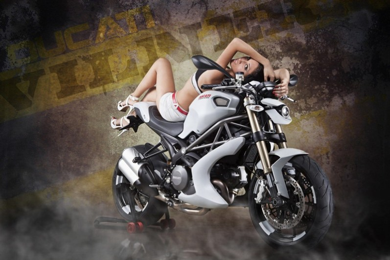 Ducati Monster Bulgari by Vilner customs 03