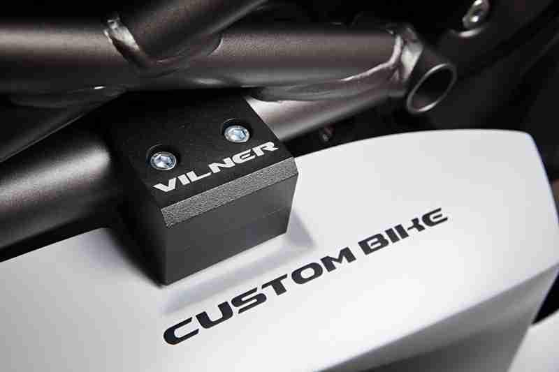Ducati Monster Bulgari by Vilner customs 09