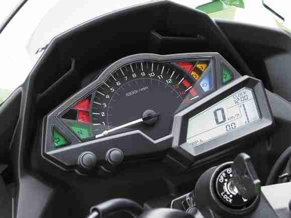 Kawasaki Ninja 250R 2013 10