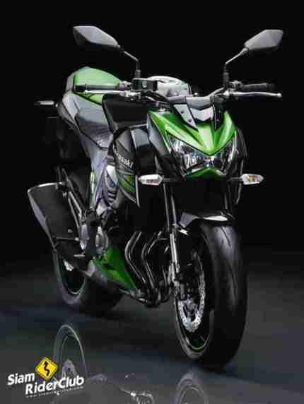 Kawasaki Z800 02