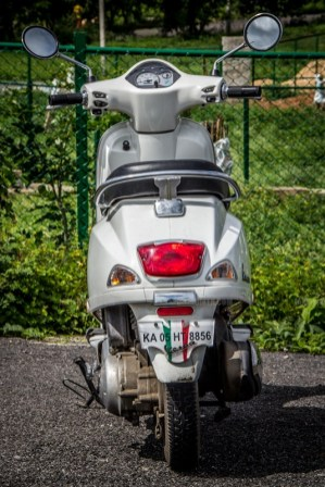 vespa 125 lx india review 03