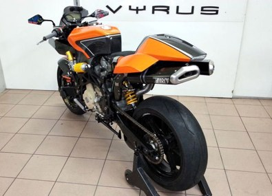 Vyrus 984 Ultimate Edition - 02