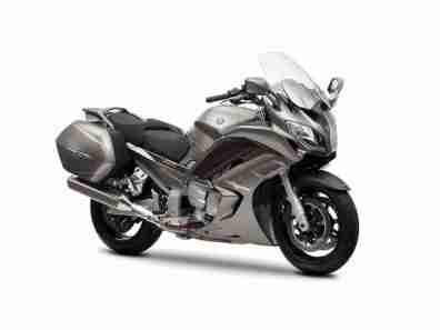 Yamaha FJR1300 2013 - 03