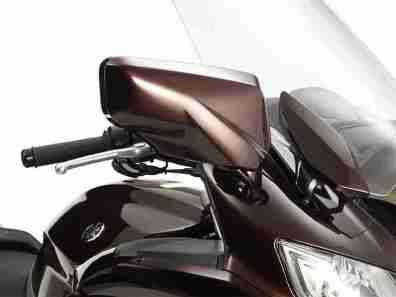 Yamaha FJR1300 2013 - 21