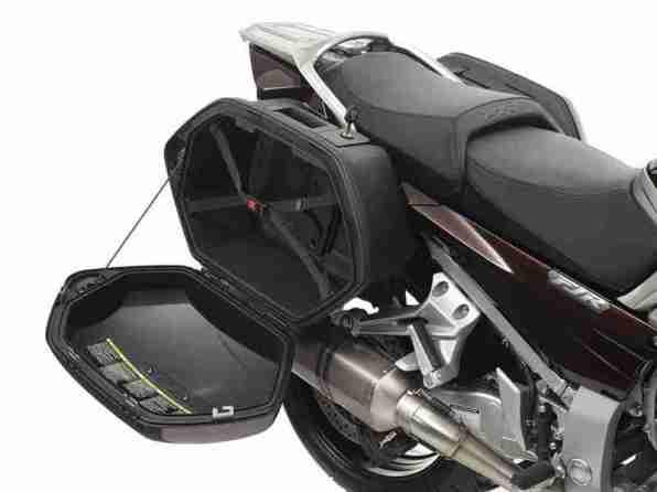 Yamaha FJR1300 2013 - 40