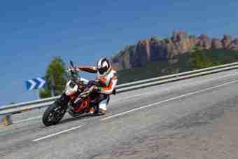 2013 KTM Duke 690 R - 06