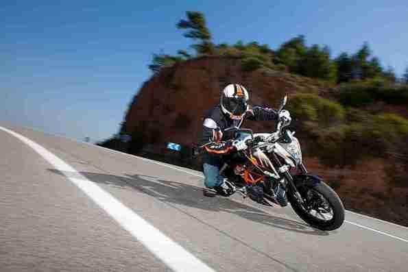 KTM duke 390 india - 04