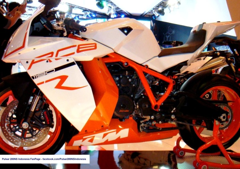 jakarta motorcycle show 2012 - 48