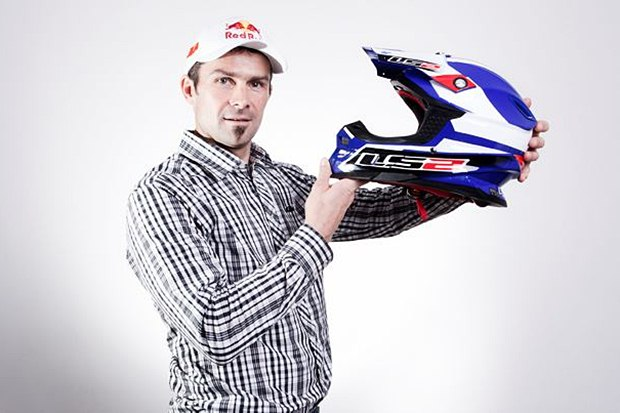 Cyril Despres signs with Spanish LS2 Helmets