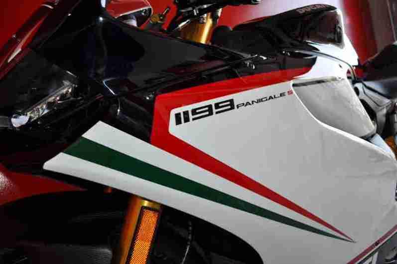 Ducati 1199 Panigale S Nero - 08