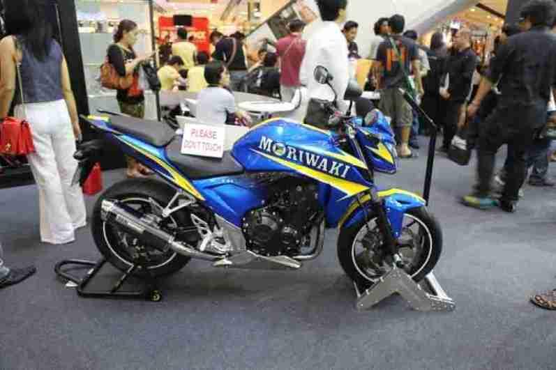2013 Bangkok Motorbike Festival photographs - 04