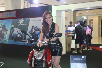 2013 Bangkok Motorbike Festival photographs - 18