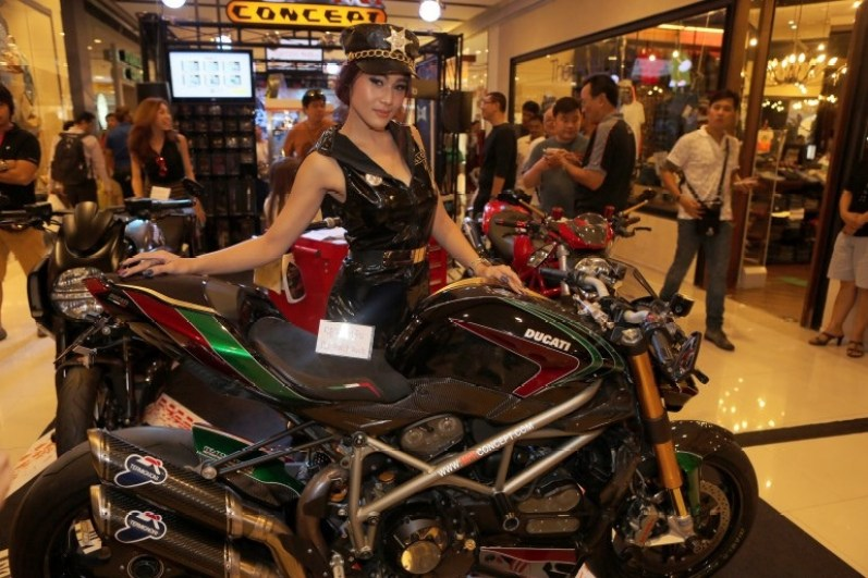 2013 Bangkok Motorbike Festival photographs - 20