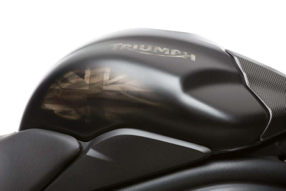 2013-triumph-speed-triple-r-dark-is-limited-to-30-units-photo-gallery_5