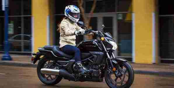 2014 Honda CTX700N - 02