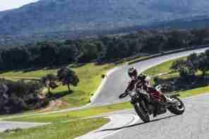 Ducati Hypermotard 2013 - 03