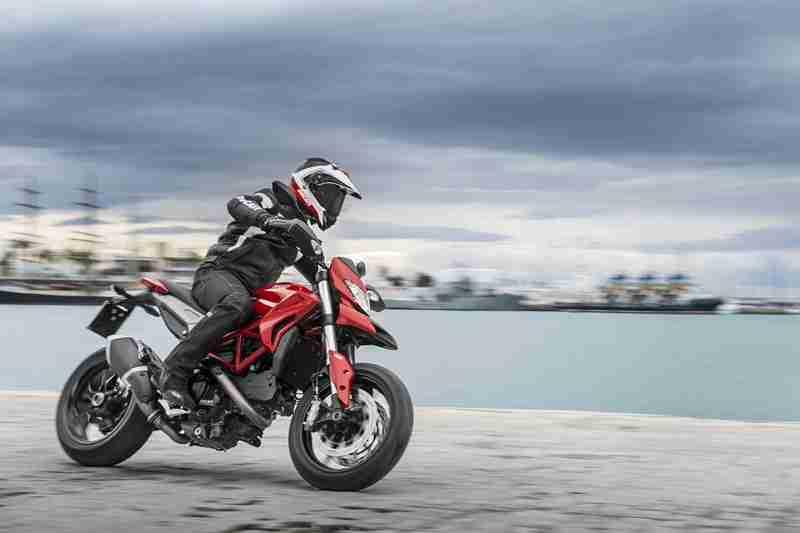 Ducati Hypermotard 2013 - 04