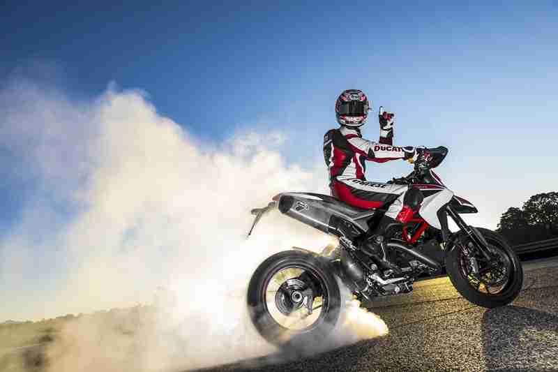 Ducati Hypermotard 2013 - 07