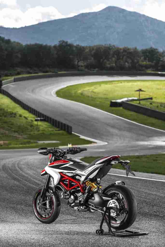 Ducati Hypermotard 2013 - 16