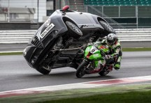 Kawasaki ZX-10R versus Alfa Romeo MiTo Paul Swift Chris Walker - 02