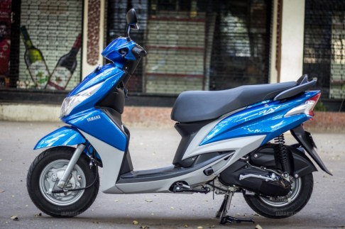 Yamaha Ray scooter India - 30