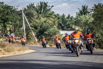 ktm orange ride bangalore to sangam (27)