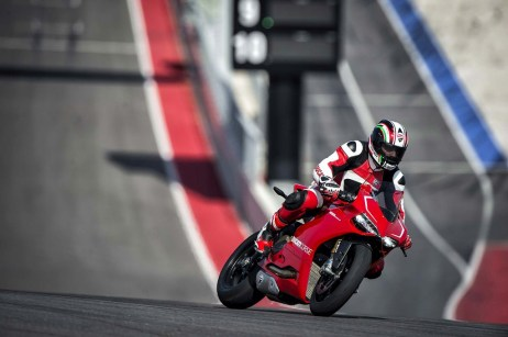 ducati 1199 panigale r photographs - 24
