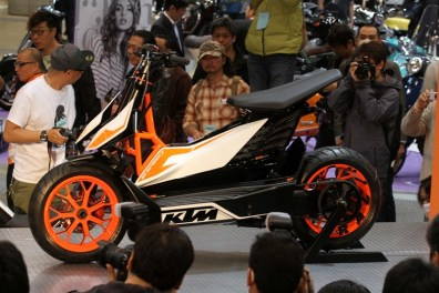 ktm e speed scooter - 01