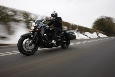 2013 Suzuki Intruder C1500T and C800C UK - 04
