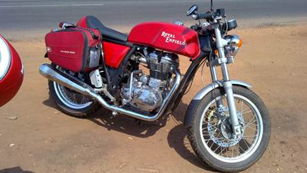 Royal Enfield Cafe Racer caught testing