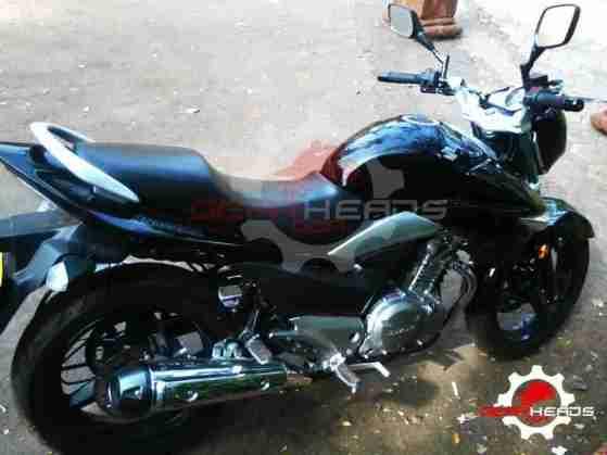 suzuki inazuma 250 - gw250 india - 04