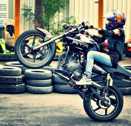 anam hasim - stunt girl india - 06