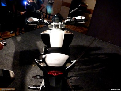 KTM Duke 390 rear profile