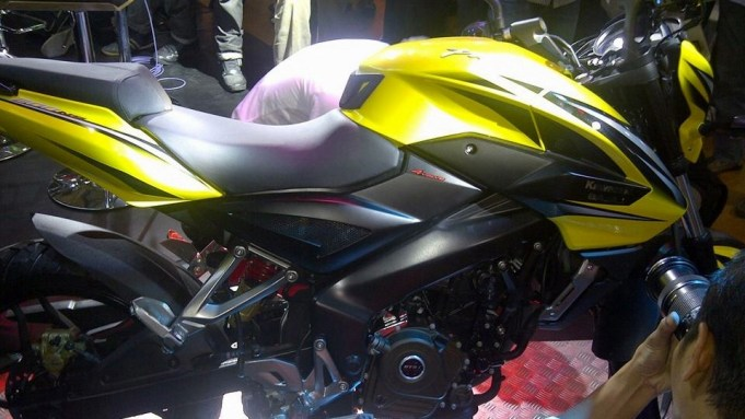 pulsar 200ns indonesia - 02