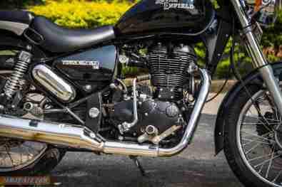 Royal Enfield Thunderbird 500 engine kick starter side
