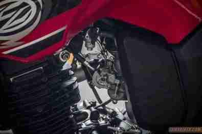 2013 Yamaha FZ-S carburettor