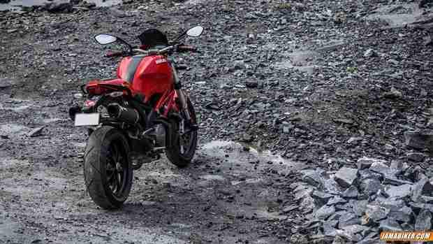 Ducati Monster 796 - 11