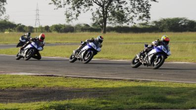 2013 Yamaha YZF-R15 One Make Race Championship round 4 - 2