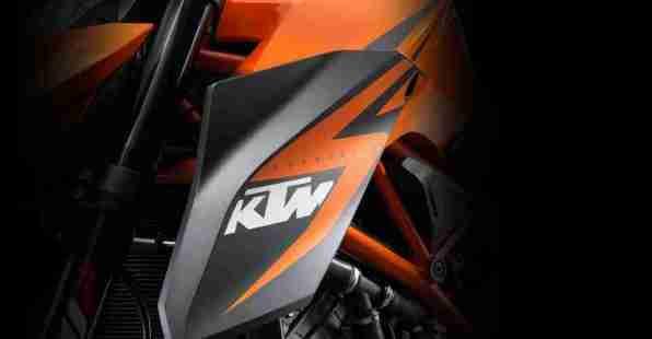 KTM 1290 Super Duke R - 04