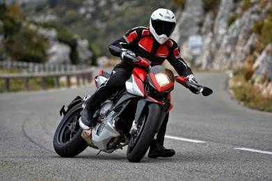 MV Agusta Rivale 800 wallpapers - 02