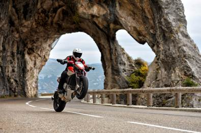 MV Agusta Rivale 800 wallpapers - 05