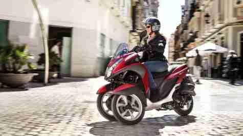 2015 Yamaha Tricity Red