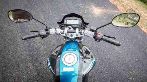 Yamaha FZ-S review - 03