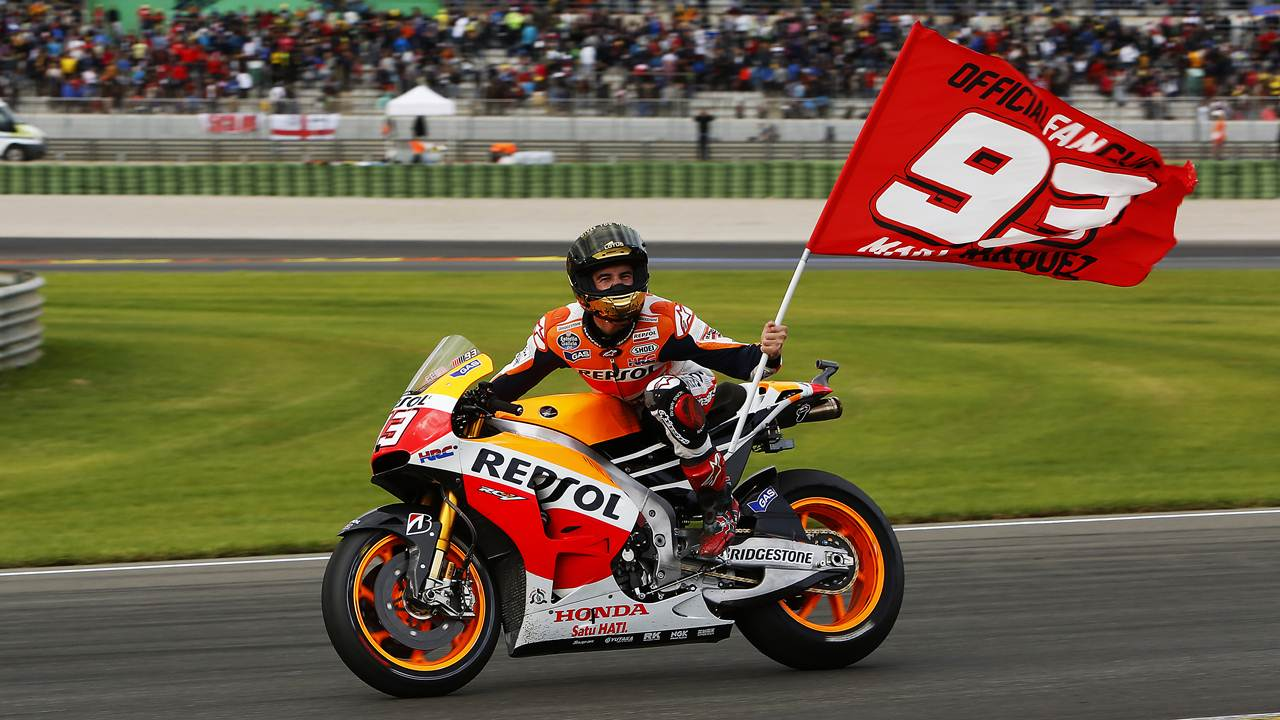 marquez wins at motogp valencia. Black Bedroom Furniture Sets. Home Design Ideas