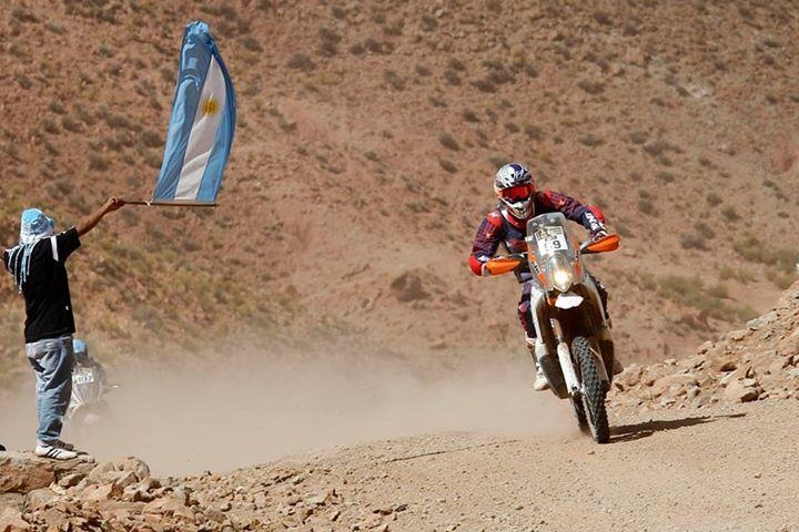cs santosh dakar rally stage 10