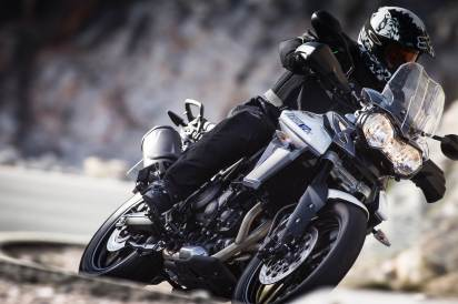 2015 Triumph Tiger 800 XRx riding shot